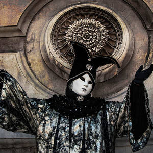carnival of venice  ghost  tell me everything 2zina