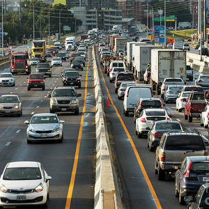 Traffic Speeds Through The Lower Deck Of I-35 Corridor In