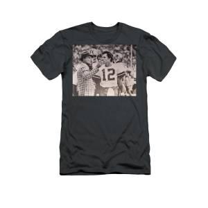 0643da223 Dallas Cowboys Head Coach Tom Landry And  12 Quarterback Roger Staubach T- Shirt for