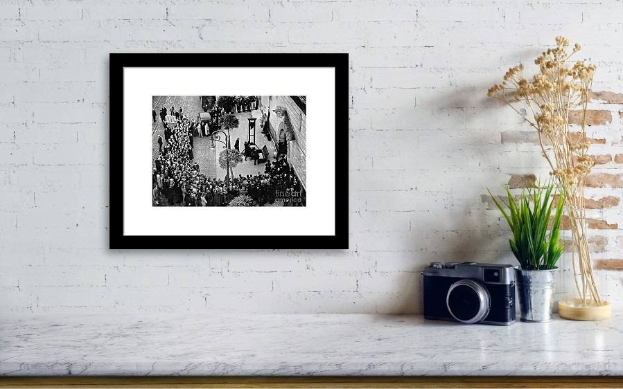 1939 - The Last Public Execution By Guillotine Framed Print by Doc ...