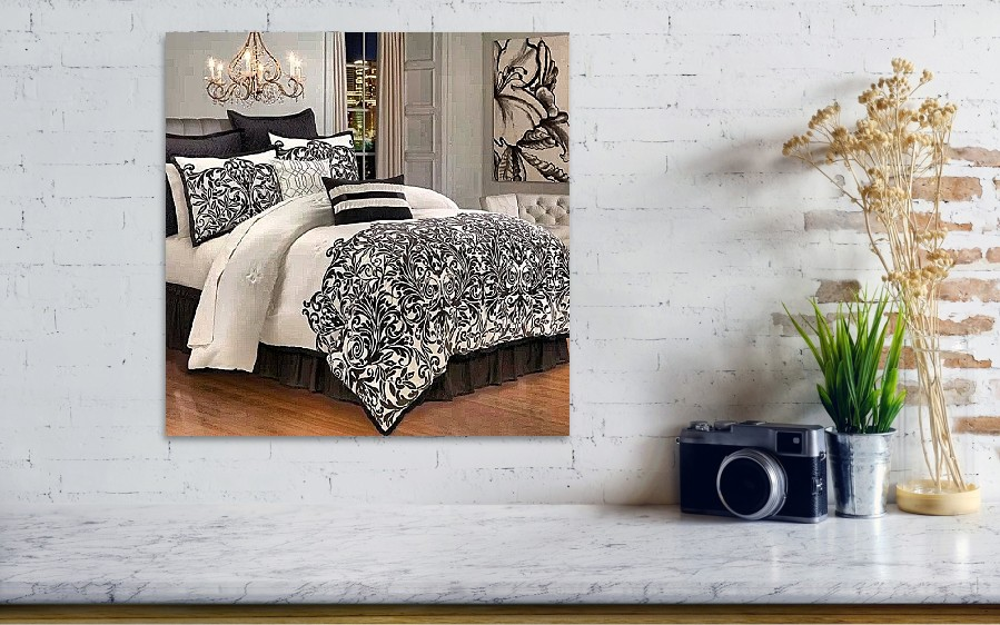 ... Kim Kardashian Bed Set From Her By Brandon Fisher. Wall View 001