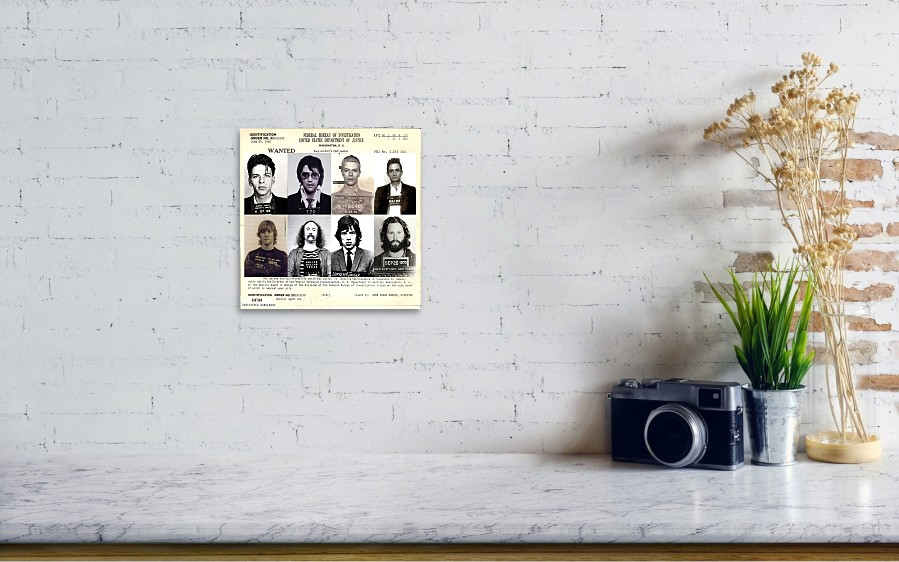 wall view 001 - Most Wanted Picture Frame
